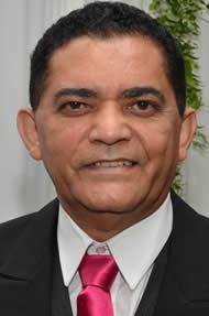 Clique na foto para ver o perfil do presidente Macaé