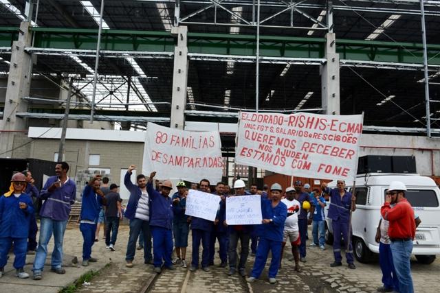 80 trabalhadores da Ecman paralisam novamente as atividades  no Porto de Santos