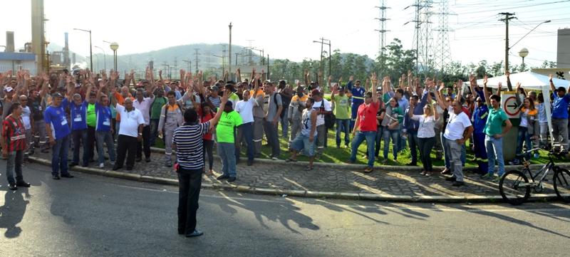 Termina greve de terceirizado na RPBC por plano de saúde melhor