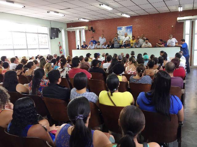 Sintracomos realiza Assembleia de trabalhadores da Cursan com presença do prefeito Ademário