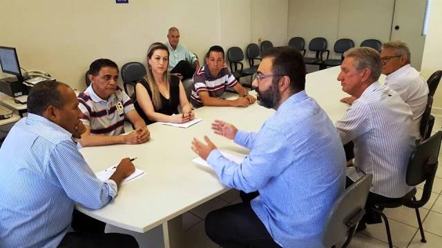Sintracomos realiza mais uma Mesa Redonda na DRT – Santos