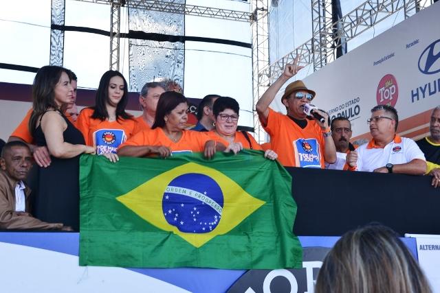 Presidente Macaé discursa e emociona 600 mil pessoas na festa de 1º de Maio em SP